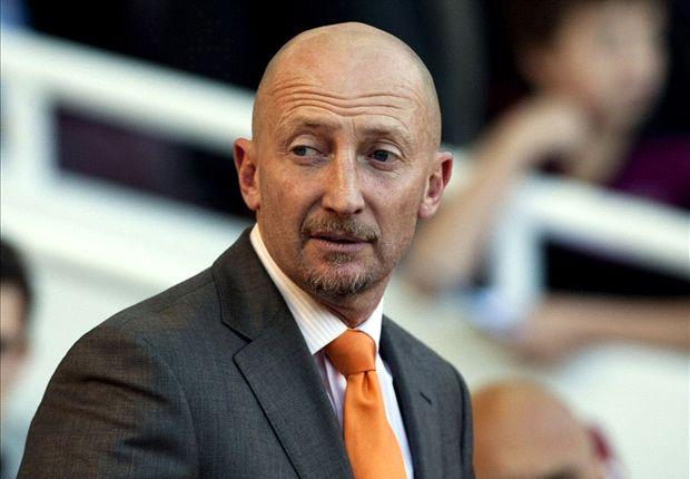 Crystal Palace boss Holloway keen to drop 'comedian' reputation