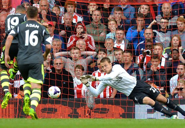 Mignolet boosted by Liverpool debut heroics