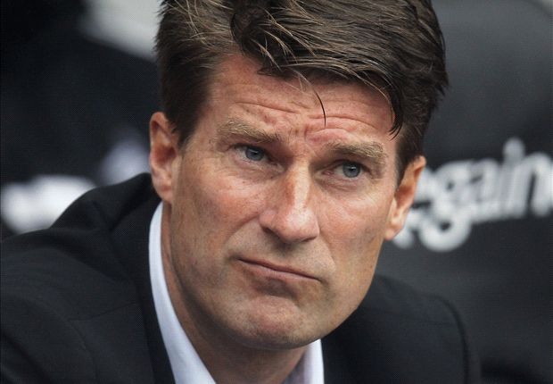 Swansea boss Laudrup rues missed chances in defeat to Manchester United
