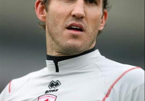 Fulham Deny Reports Mark Schwarzer Has Handed In A Transfer Request