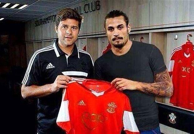 Penampilan striker anyar Southampton Pablo Osvaldo membuat manajer Mauricio Pochettino terkesan.