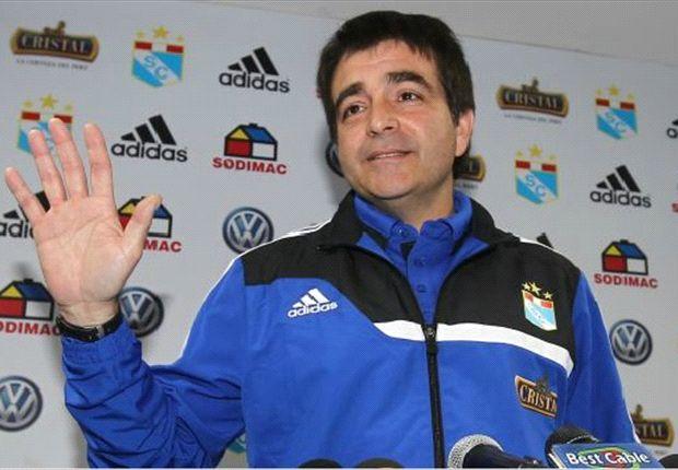 Vivas fue presentado como nuevo técnico de Sporting Cristal. (Foto: depor.pe)