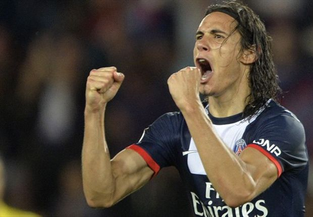 Cavani happy with wide role at PSG