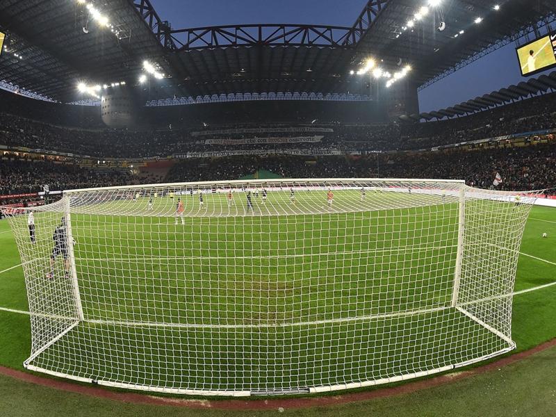 Il Milan vince e aspetta la Juventus: sabato può salire a -2