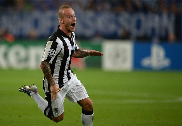Schalke 1-1 PAOK: Stoch scores vital away goal for Stevens' side