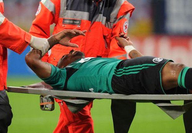 Jefferson Farfan musste gegen Saloniki verletzt vom Platz getragen werden