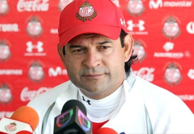 José Saturnino Cardozo explota contra actitud de sus jugadores