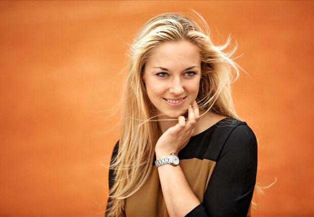 Sabine Lisicki, WAG terbaik pekan ini pilihan Tim CLEAR
