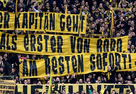 Dortmund fans turn on Hummels
