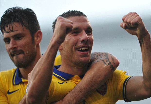 'Back on the pitch!' - Podolski returns to training to provide Arsenal fitness boost