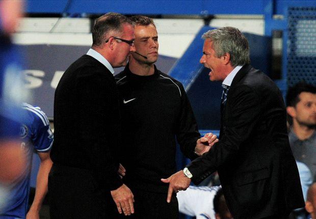 Beim Spiel gegen Chelsea fühlte sich Paul Lambert (l.) benachteiligt