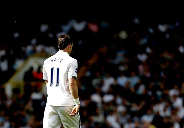 Real Madrid dismantle Bale stage as presentation is put on hold