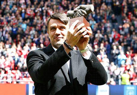 Maldini Terima Penghargaan dari Bilbao