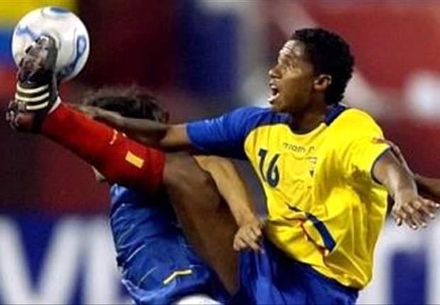 Amistoso: Ecuador vence a Chile bajo el agua de Nueva York (3-0)