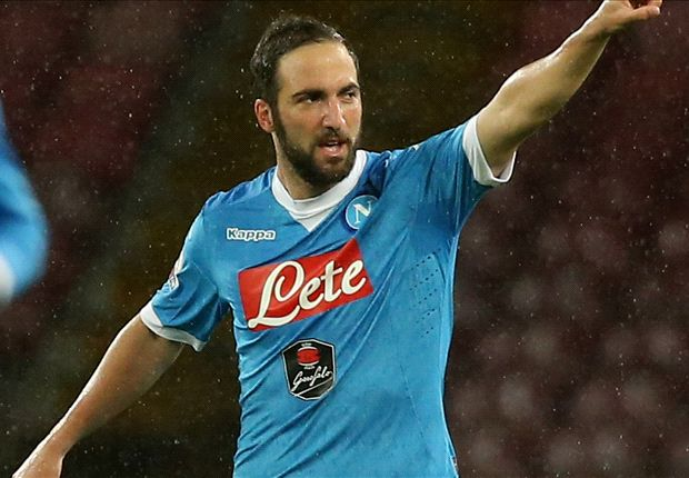 Gonzalo Higuain: 'Arsenal target' valued at £80m by Napoli