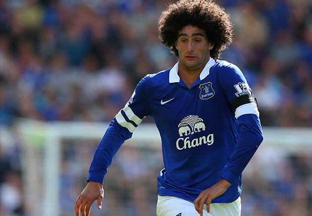 Official: Manchester United sign Fellaini from Everton