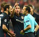 "Bayern vs Cakir: ""Pessimo, vergogna"""