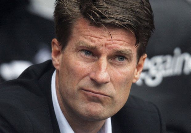 Laudrup lashes out at wasteful Swansea