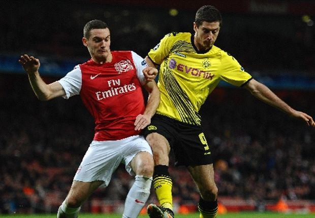 Vermaelen refuses to discuss Arsenal future