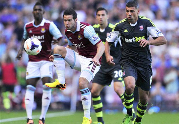 West Ham 0-1 Stoke City: Pennant free kick downs Hammers