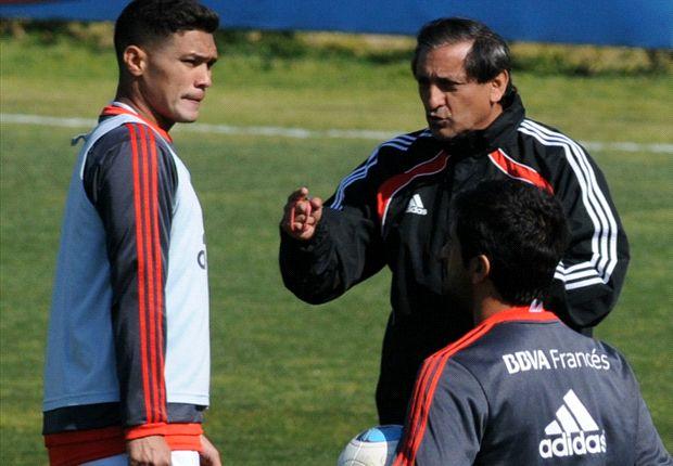Ramón Díaz reveló que en el mercado de pases pretende dos delanteros.