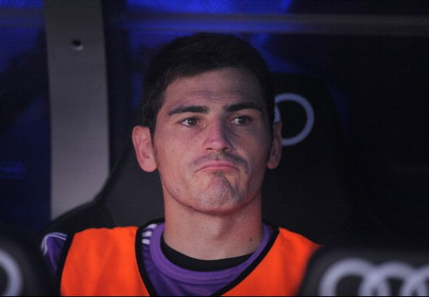 Navas: Casillas would be a great addition for Manchester City