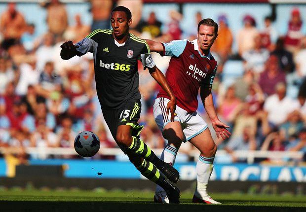 Hughes surprised by Stoke midfielder N'Zonzi