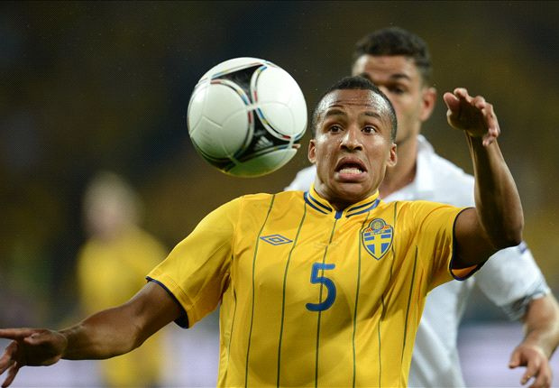 Norwich boss Hughton insists Olsson exclusion was tactical