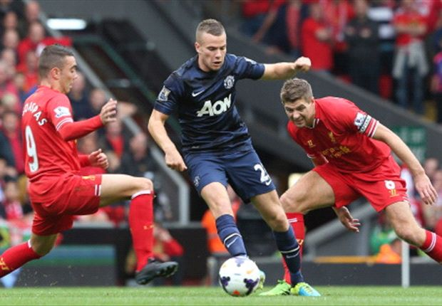 Cleverley 'hungry' to retain Manchester United's title