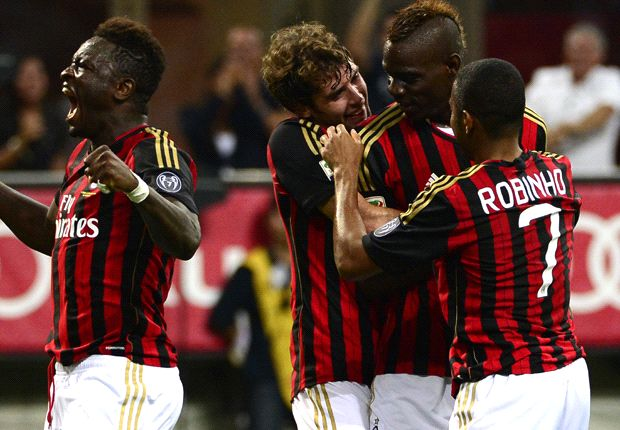 AC Milan 3-1 Cagliari: Balotelli on target as hosts claim first Serie A win