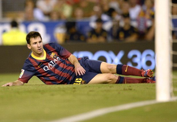 Barcelona's Lionel Messi out for two to three weeks