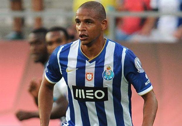 Fernando è staco del Porto, nel 2014 va in scandenza