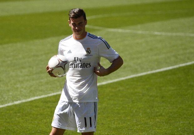 Bale durante la sua presentazione ufficiale con il Real Madrid