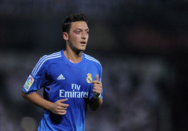 Mesut Ozil: Real Madrid Unik Dan Spesial