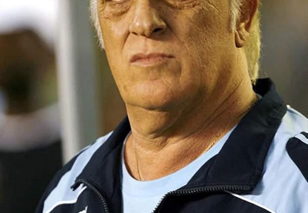 Alfio Basile Could Replace Carlos Ischia At Boca Juniors