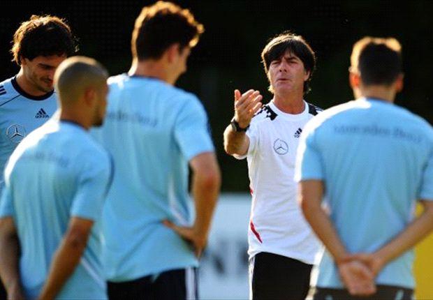 Olaf Thon sieht Deutschland bei der WM 2014 als Top-Favorit