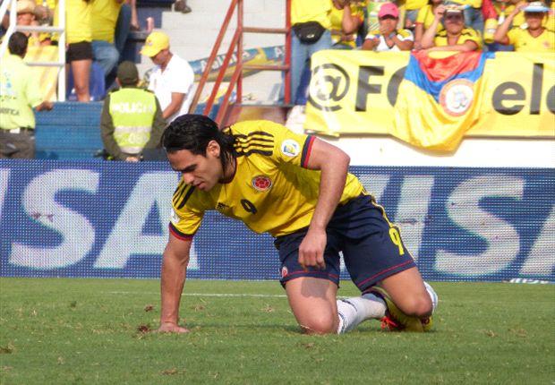 Falcao mengalami cedera ringan.