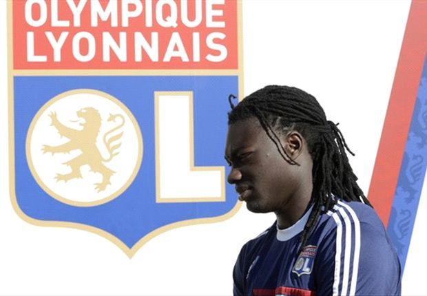 Gomis' Newcastle move fell through over wage demands