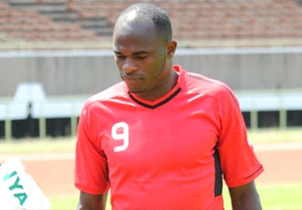 Kenya striker Dennis Oliech training at Kasarani on Friday