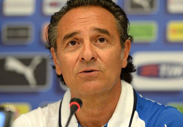 Prandelli ingin para pemain muda bisa mencontoh Chiellini.