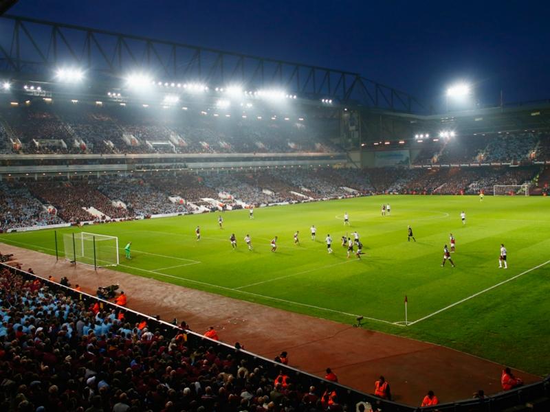 Il West Ham saluta Boleyn Ground: cerimonia di chiusura, c'è anche Di Canio