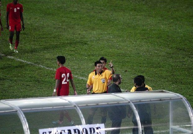 Singapore Under-23 coach Sundram getting sent off