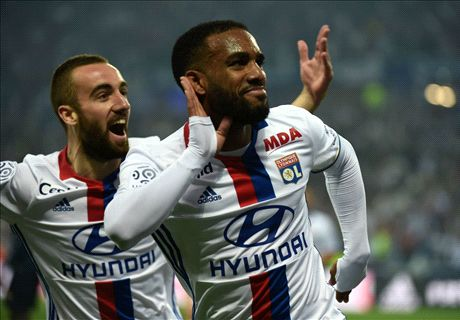 RUMOURS: Arsenal told Lacazette price