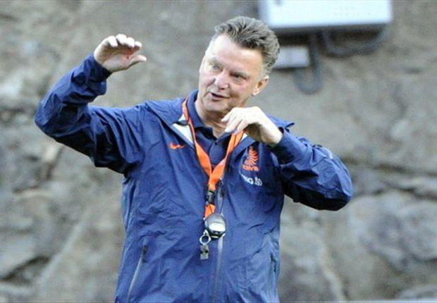 Louis Van Gaal mendapatkan beking penuh dari KNVB