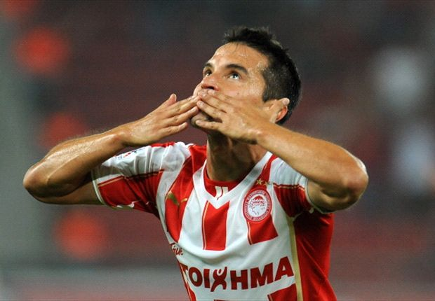 Olympiakos 3-1 Anderlecht: Saviola double sends Greek champions through