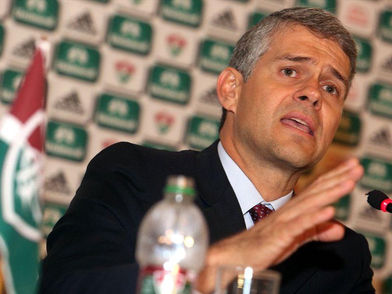 """""""Fomos atacados injustamente"""", diz presidente do Fluminense sobre o caso Héverton"""
