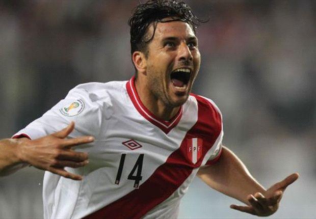 Bayern Munich suffer Pizarro injury blow