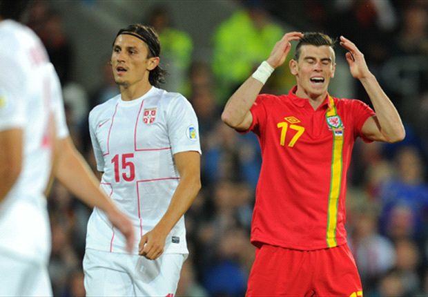 Bale sufre con su seleccionado, al igual que Ryan Giggs previamente.