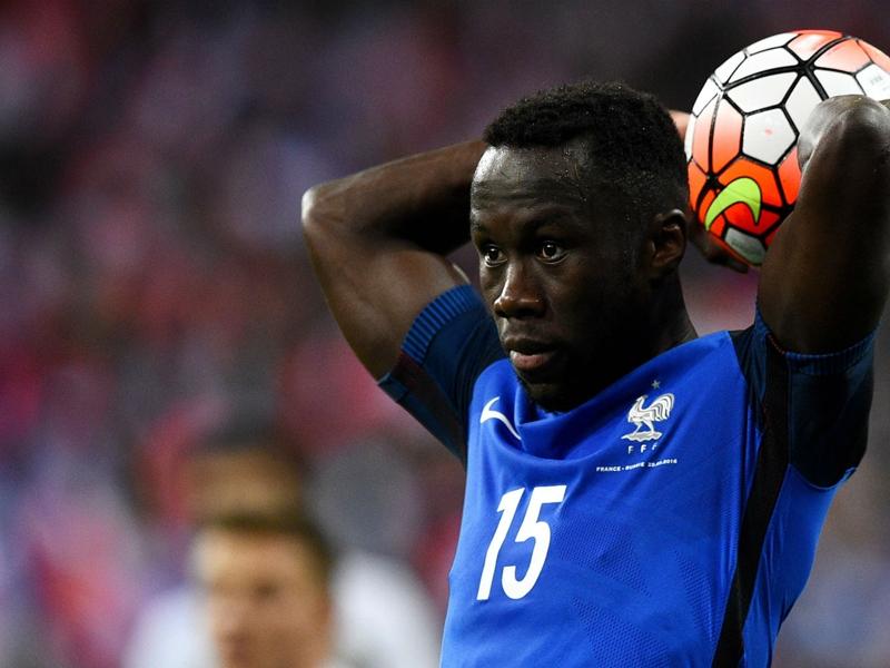 France-Bulgarie, touché à la cuisse, Sagna sort sur blessure