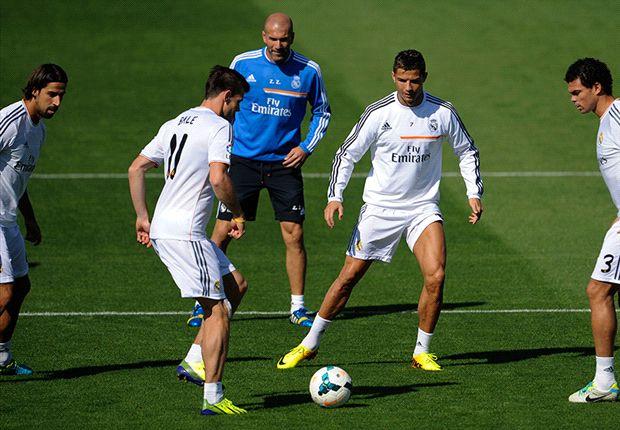 Bale y Cristiano Ronaldo durante su primer entrenamiento juntos
